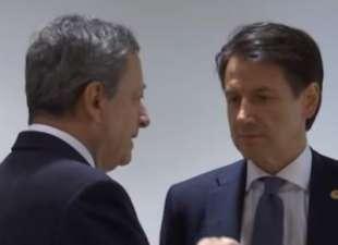 """""""Un governo Draghi? Il premier è Conte"""", dice Renzi"""