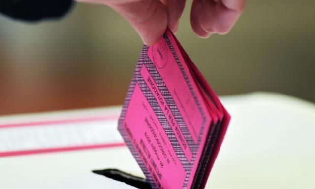 Quattro persone denunciate a Foggia per compravendita di voti