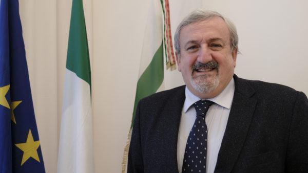 Scuola, il presidente della Regione Puglia, Emiliano, emana ordinanza