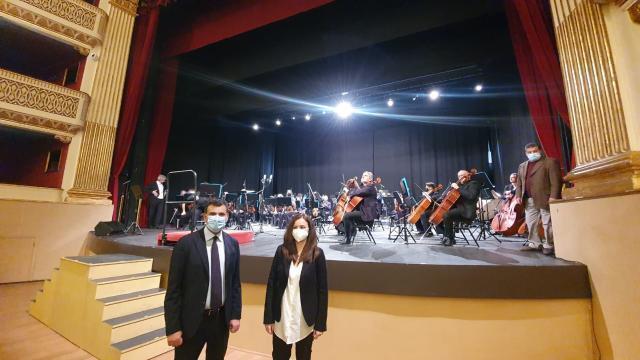 Pierino e il lupo: dal palco del Teatro Piccinni lo spettacolo instreaming