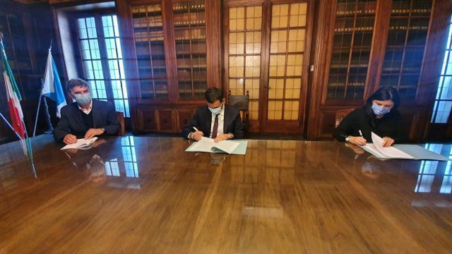 Siglato oggi l'accordo tra la Città metropolitana di Bari e la Provincia Bat