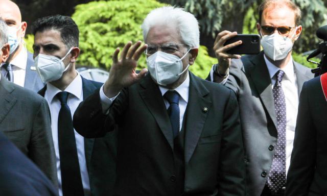 """""""Basta partigianerie, uniti contro il Covid"""", ha detto Sergio Mattarella"""