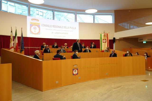 L'intervento del presidente Emiliano in Consiglio regionale