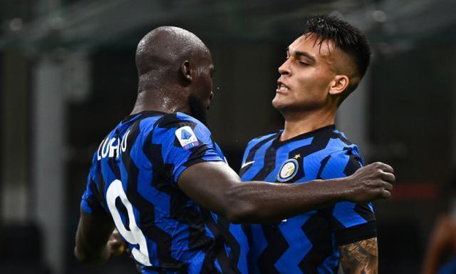 Inter batte il Napoli nel big match. Un altro pareggio per il Milan