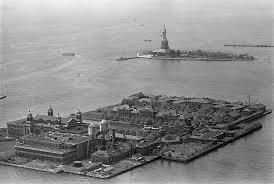 Ellis Island. La porta dell'America