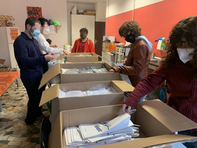 La cooperativa sociale I.S.A.C. Pro dona dispositivi di protezione ai pediatri di Taranto e provincia