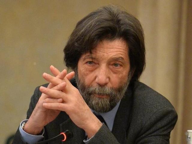 """Massimo Cacciari: """"Il governo è retto da forze politiche divise e debolissime"""""""