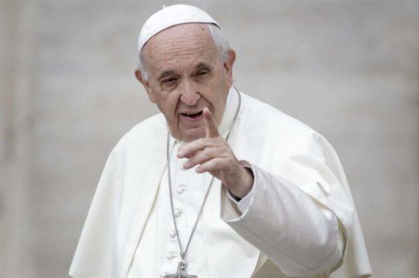 Papa Francesco. Il diritto alla proprietà privata non è intoccabile