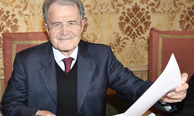 """Prodi: """"No elezioni, serve un governo esecutivo per il Recovery"""""""
