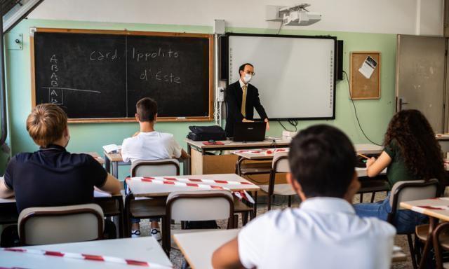"""Ritorno in classe in presenza? """"I ragazzi non si fidano, temono nuove chiusure"""""""