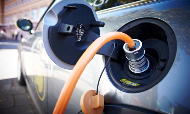 Arriva la batteria per auto che si ricarica in 10 minuti