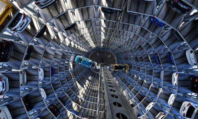 Nel 2020 sono crollate le vendite d'auto in Italia e in Europa
