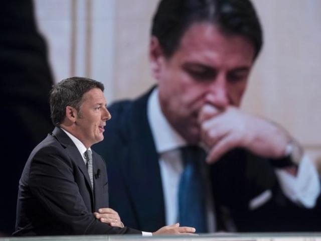 Renzi chiede un governo di coalizione, con ruolo centrale a Pd. Da Conte nessun ascolto