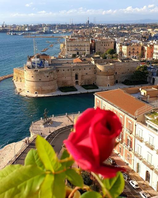 Lino Guanciale: «Io, sedotto dal fascino di Taranto»