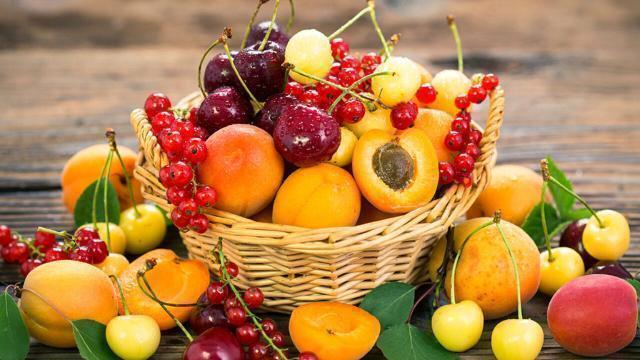 Il 2021 è l'anno della frutta, bisogna mangiarne 5 porzioni al giorno