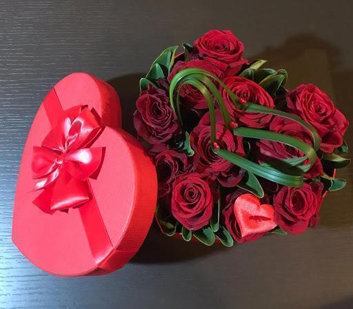 """""""Innamorarsi ci fa rinascere"""", dice un vescovo per San Valentino"""