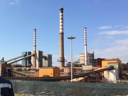 Ex Ilva, appello Confindustria: «Evitare spegnimento area a caldo». Procura: «I consulenti hanno venduto Taranto ai Riva»