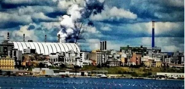 """""""Ambiente svenduto"""", Legambiente: disastro ambientale Ilva è l'11 settembre di Taranto"""""""