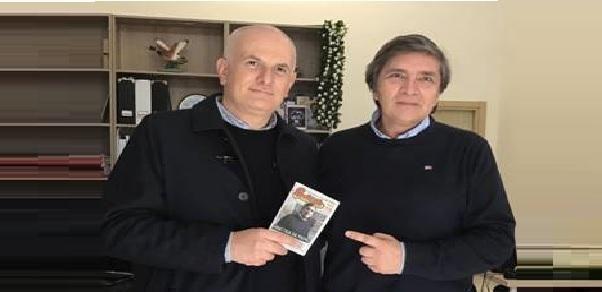 """La didattica da Oscar del """"Galilei-Costa""""si guadagna la copertina di Salento in tasca"""