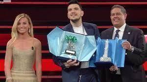 Sanremo: vince Gaudiano e ricorda il papà