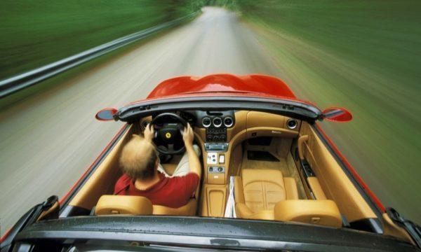 Derubato diRolex da 200 mila euro mentre al volante di una Ferrari, presi i rapinatori