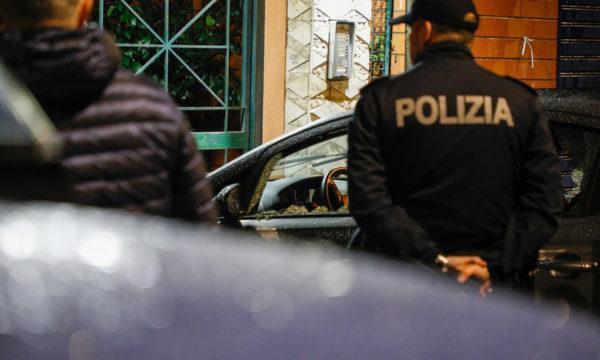 È stato restituito al turista ingleseil Rolexda 22 mila euro rubato a Napoli