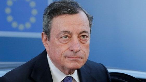 """""""Ne usciremo, avanti con vaccini e sostegni"""", dice Mario Draghi"""