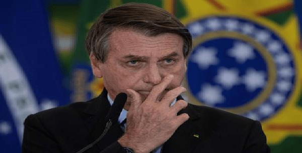 In pieno drammaCovid,Bolsonaro rimpasta il governo e cambia i capimilitari