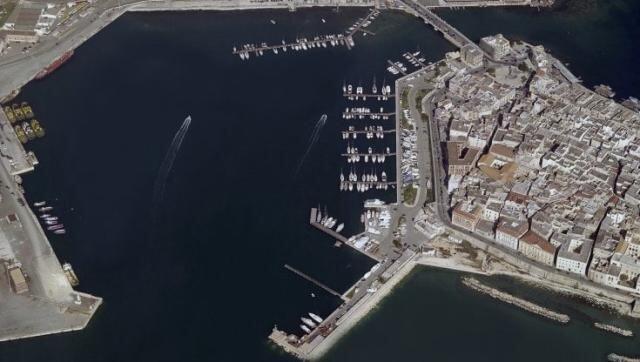 """Taranto – Messa in sicurezza della """"Cape Eagle"""" grazie al pronto intervento del capitano Galuppo"""