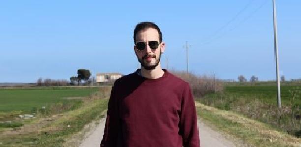 Fragile è il nuovo singolo di Eliseo Chiarelli