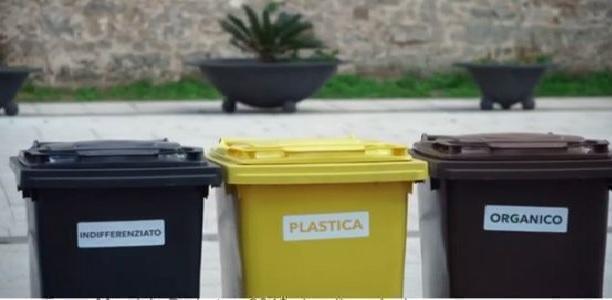Pulsano (Taranto) – La raccolta dei rifiuti nel mirino di Di Lena e dei nostri consigli