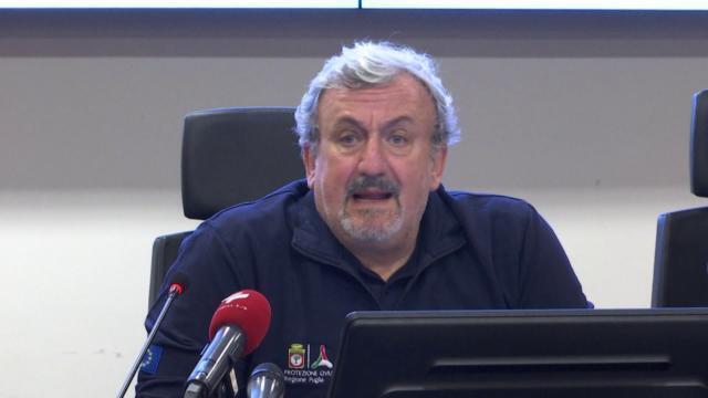 Puglia, allarme contagi, la zona rossa non basta. Emiliano anticipa «misure più stringenti»