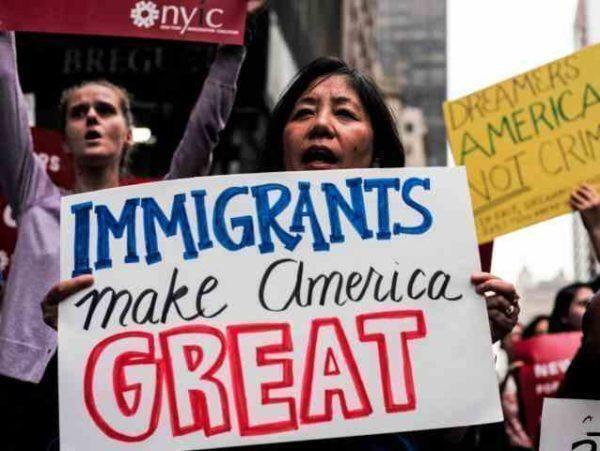 """La nuova legge per i """"dreamers"""": mossa astuta dei democratici"""