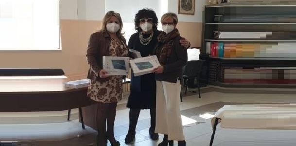 Taranto – Tablet e borse di studio per gli alunni della Galilei