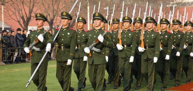 Cina: il Premier ordina ai militari di prepararsi alla guerra ed aumenta il budget della difesa
