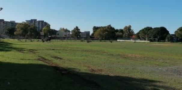 Taranto – Migliorare l'area di fronte al residence Pezzavilla