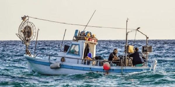 Economia e Pesca, soldi per il tonno al Regno Unito? Ai nostri piccoli pescatori!