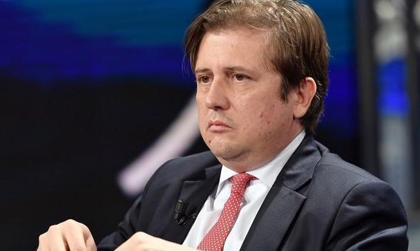 """L'annuncio di Sileri: """"Riaperture dal primo maggio ma con gradualità"""""""