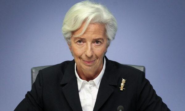 """Lagarde rassicura""""Con vaccini e finelockdownla ripresa entro il 2021"""""""