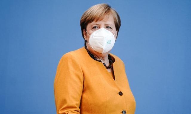 È corsa a due per raccogliere l'eredità di Angela Merkel
