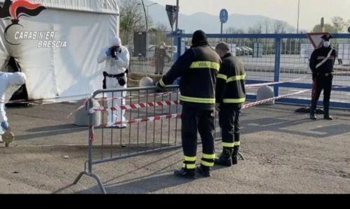 Due molotov sono state lanciate contro il centro vaccinale di Brescia