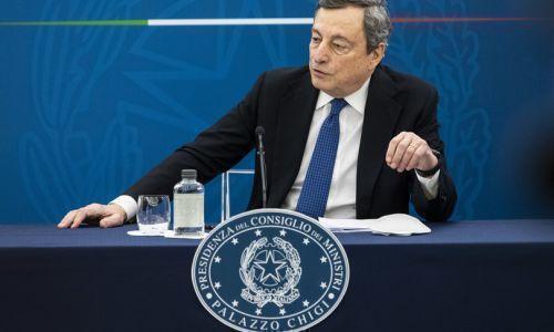 Draghi spinge sul decreto imprese, più vaccini per poter riaprire