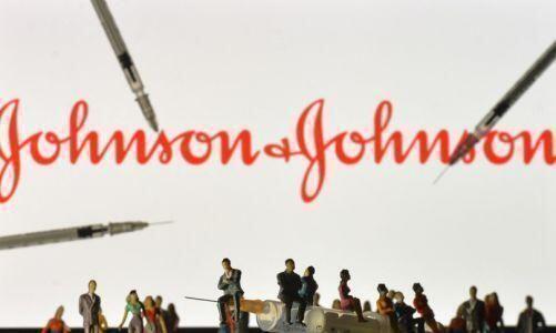 Negli Stati Uniti chiesto lo stop all'uso di Johnson & Johnson dopo sei casi sospetti