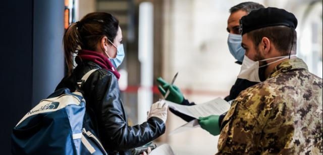 Il pass vaccinale così com'è non va, dice il Garante della privacy