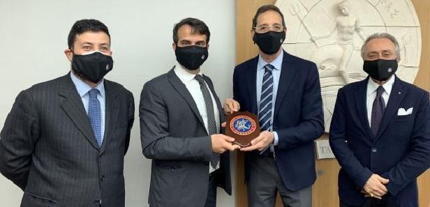 Taranto – Il Presidente Giovanni Gugliotti incontra l'Ordine degli Avvocati