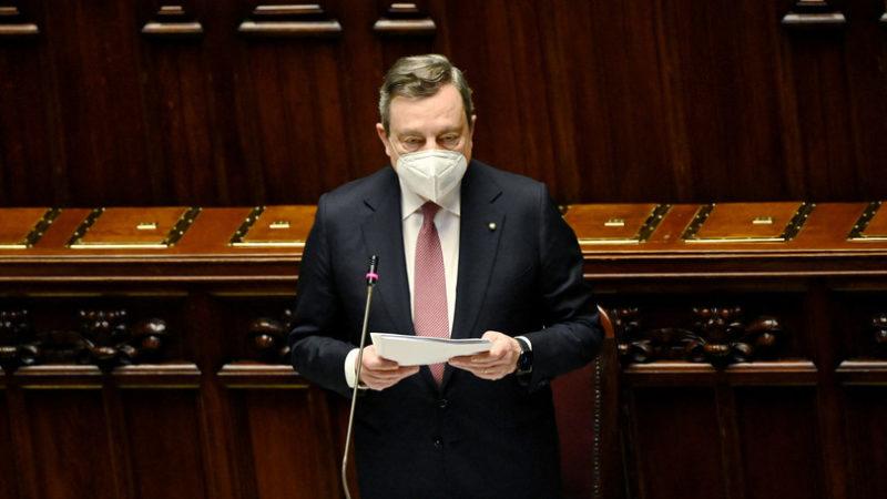 Draghi premier gratis. E gli altri politici privilegiati?