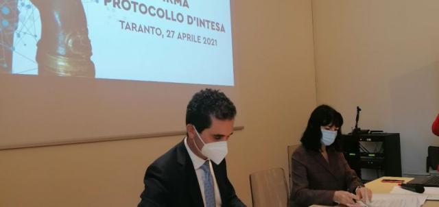 Taranto – MarTa: stage nel museo per i laureandi. Firmato il protocollo con il Politecnico di Bari
