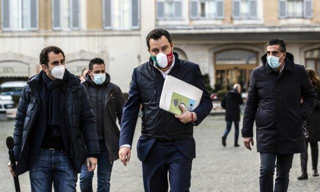 """Salvini vuole riaprire domani """"dove la situazione è sotto controllo"""""""