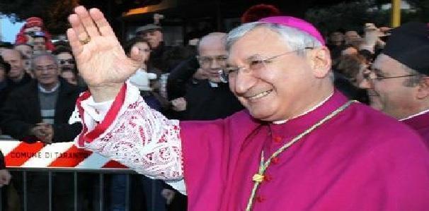 Pasqua a Taranto, il vescovo Santoro pregherà dal carcere
