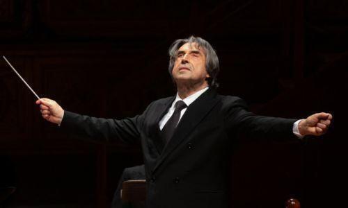 """""""Ecco il mio Requiem di Verdi per dire che il teatro deve tornare vivo"""""""